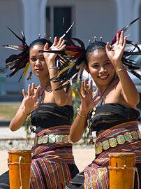 Timorese_Dancers